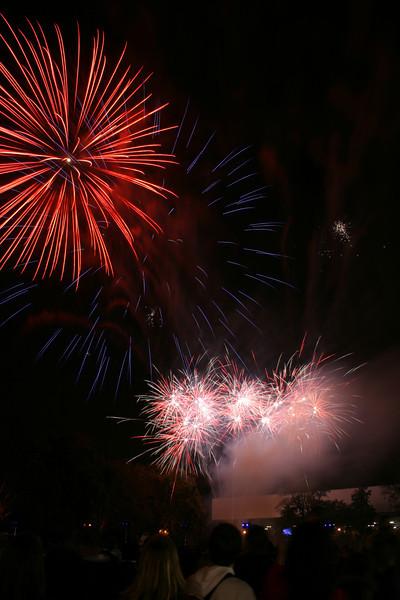 2007_1102putneyfireworks163.JPG