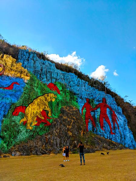 vinales prehistoric mural people.jpg