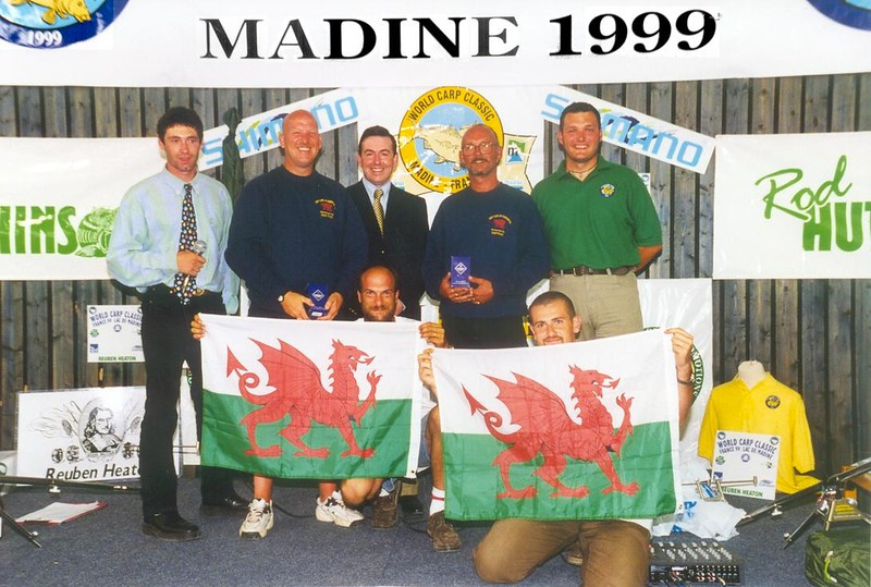 WCC99-Pic 41- Biggest fish winners at prize giving