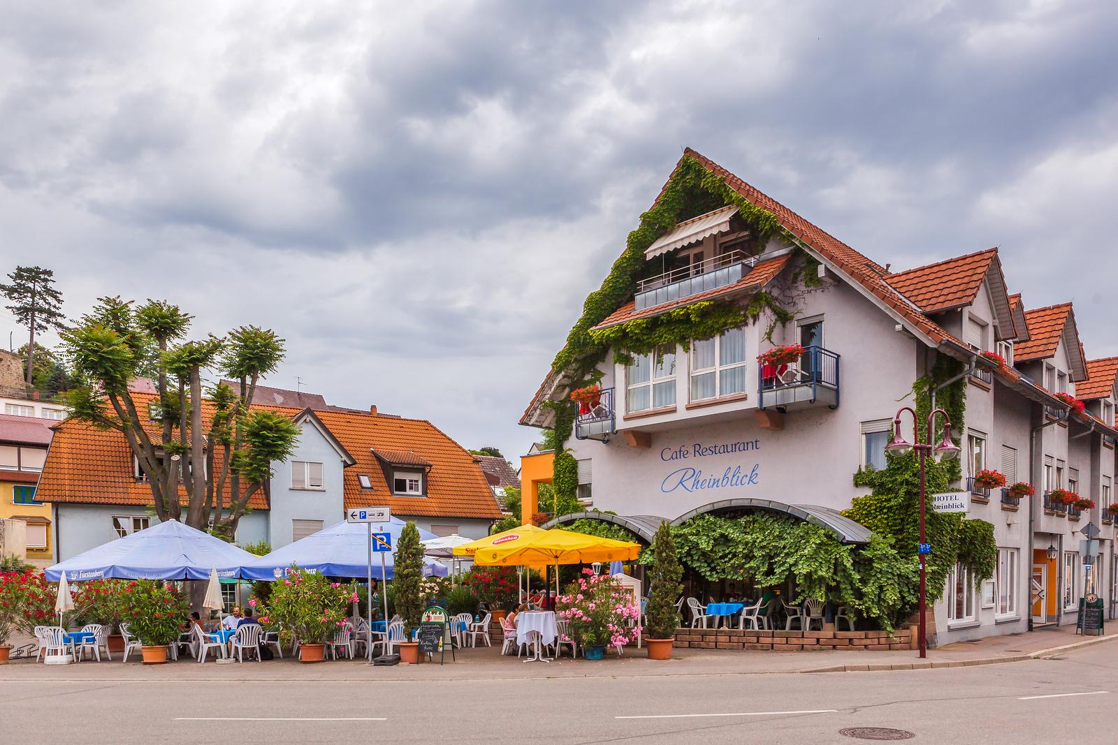 德國布賴薩赫(Breisach),城小歷史久