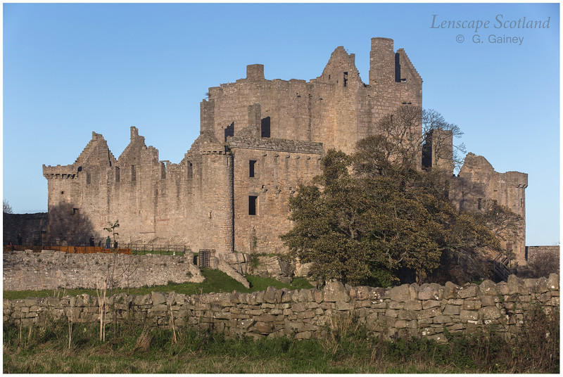 Craigmillar Castle, Edinburgh (1)