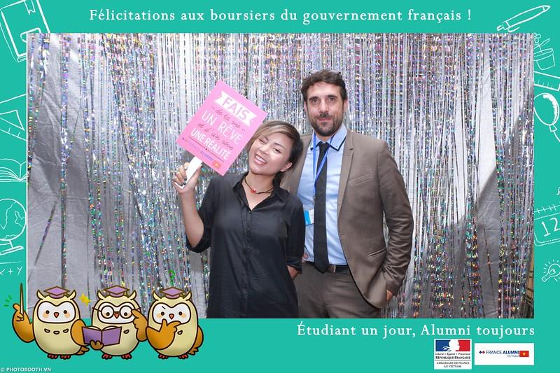 France-Alumni-Vietnam-photobooth-at-Franch-Embassy-Vietnam-photobooth-hanoi-in-hinh-lay-ngay-Su-kien-Lanh-su-quan-Phap-WefieBox-photobooth-vietnam-069.jpg