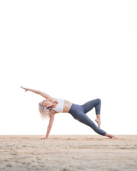 IG - Hawaii - Madeleine Russick - Yoga-717.jpg