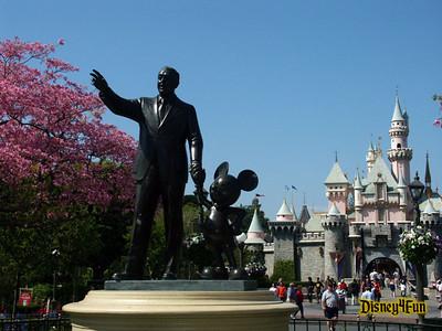 Disneyland April 2004
