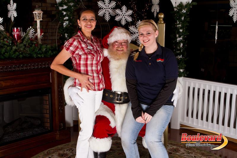 Santa Dec 15-278.jpg