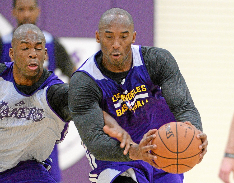 . Kobe Bryant at Laker\'s practice, Dec 3, 2012. Photo by Brad Graverson/The Daily Breeze