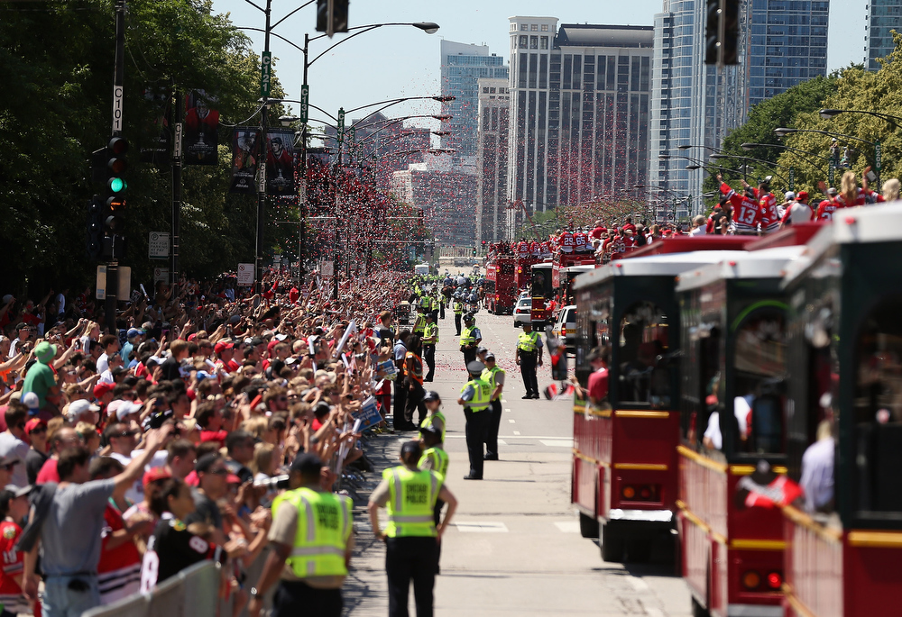. The parade moves south on Columbus Avenue during the Chicago Blackhawks Victory Parade and Rally on June 28, 2013 in Chicago, Illinois.  (Photo by Jonathan Daniel/Getty Images)