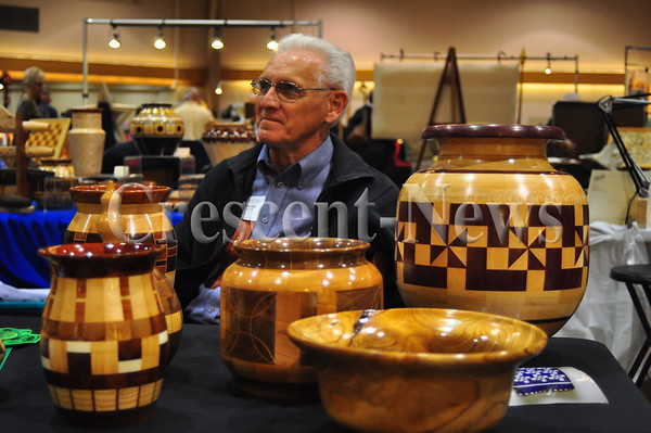 10-24-15 NEWS Sauder Village Woodcarvers' Show