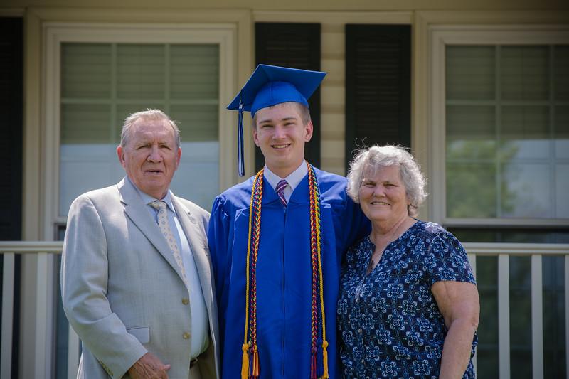 Daniel Graduation-25.jpg
