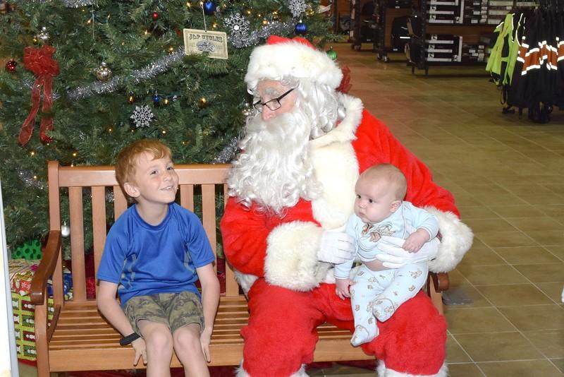 2016 Santa Visits J&P Cycles (77).JPG