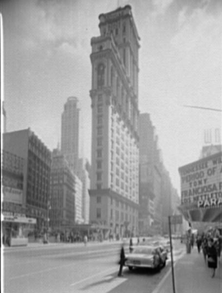 Times Square - 11-1-62.jpg