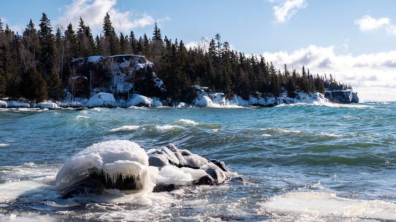 Sleeping-Giant-Provincial-Park-Winter-Hiking-10.jpg