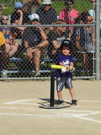 2017-06 Gauge's 1st T-ball Game
