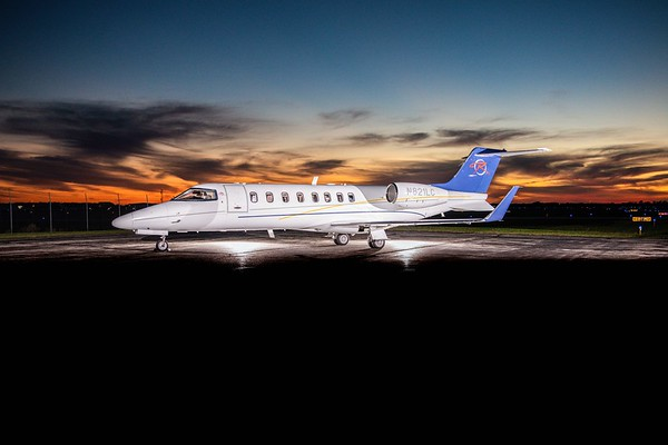 Lear 45XR N821LC (Low Res)
