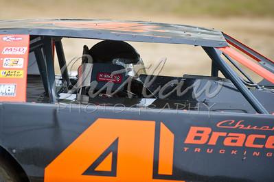 Dirt Oval - Coos Bay Speedway - NWWT Sprint Cars - June 4, 2011