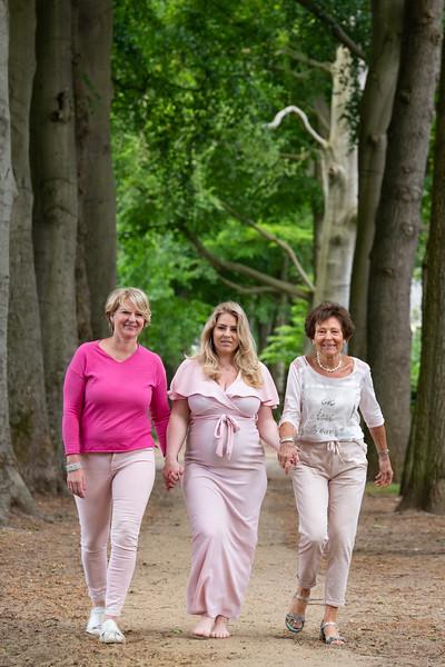 Zwangerschapsshoot Mirjam, Eline en Nelly