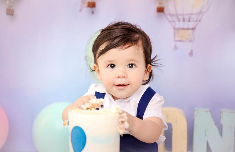 bnewport_babies_photography_cakesmash_hot_air_ballon-9347-1.jpg