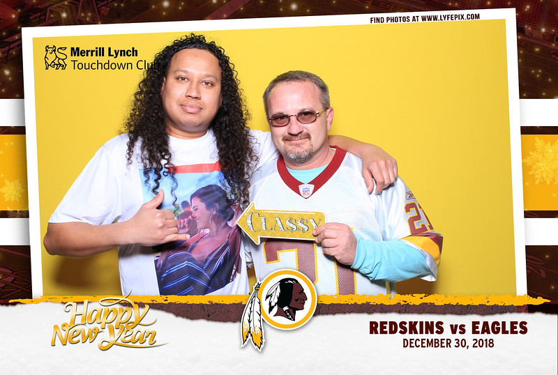 washington-redskins-philadelphia-eagles-touchdown-fedex-photo-booth-20181230-170236.jpg