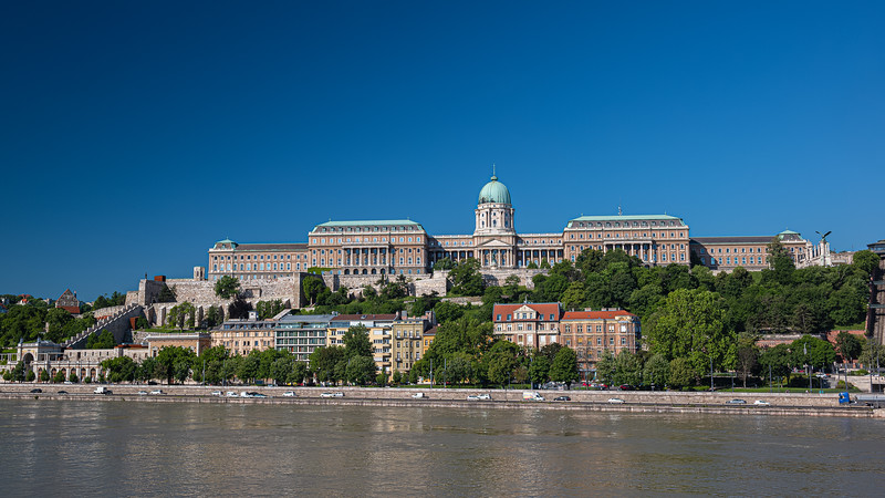 Buda Castle mid-morning from across Danube.jpg