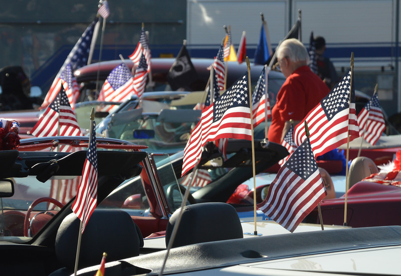 2013 Veterans Day Parade 11-10-2013 10-25-35 PM.JPG