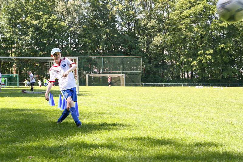 hsv_fussballschule-333_48047954121_o.jpg