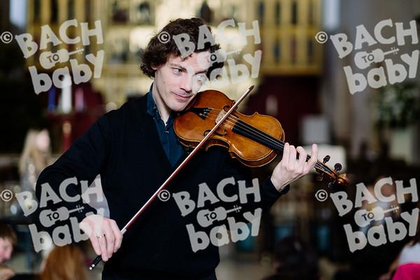© Bach to Baby 2019_Alejandro Tamagno_Regent's Park_2019-12-21 035.jpg