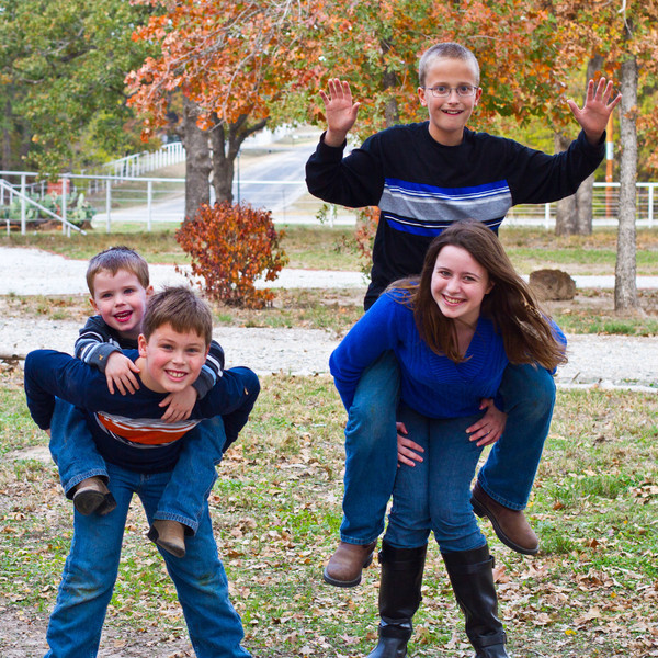 DSR_20111119Valentine Family Photos292.jpg