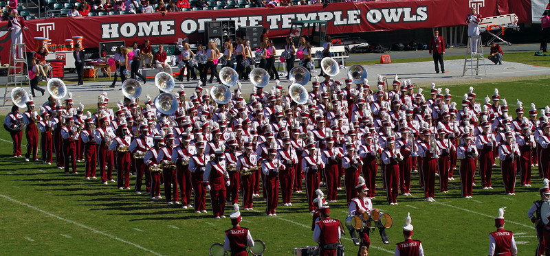 Tje Temple marching band