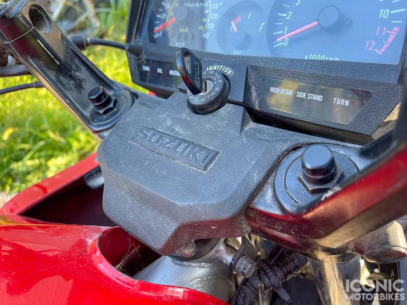 Suzuki GS550ES -  (2).jpg