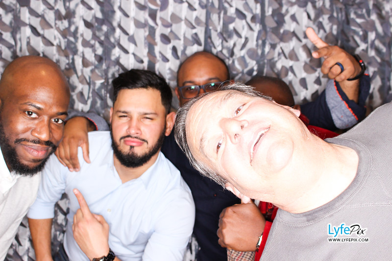 red-hawk-2017-holiday-party-beltsville-maryland-sheraton-photo-booth-0258.jpg