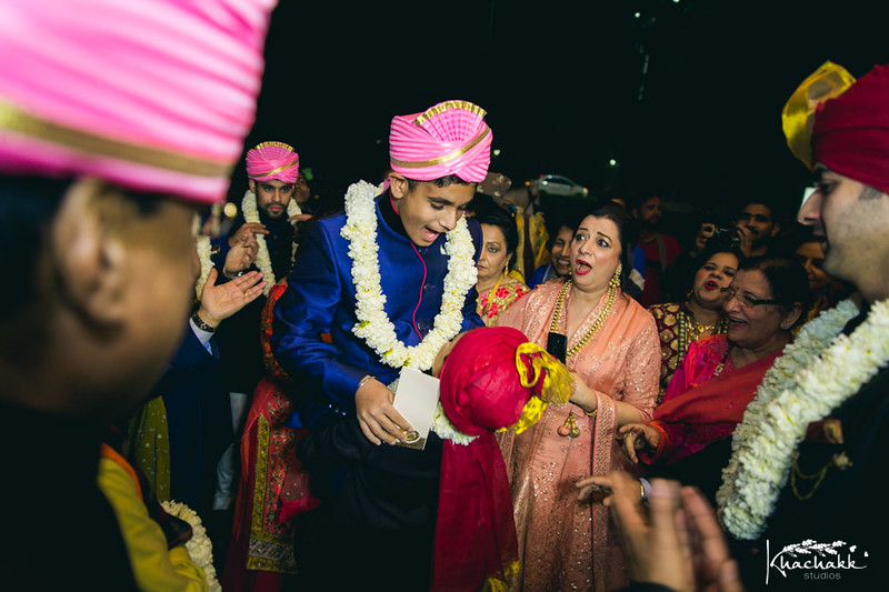 best-candid-wedding-photography-delhi-india-khachakk-studios_52.jpg
