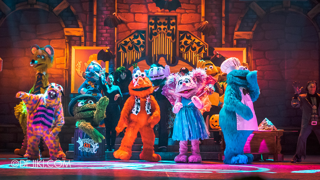 Halloween Horror Nights 7 Before Dark 2 Preview Update / New Show at Pantages Hollywood Theatre - Trick or Treat with Sesame Street - Finale 2