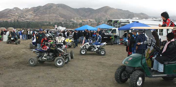 2007-02-11 UTV & Quad Races at Lake Elsinore MX FG