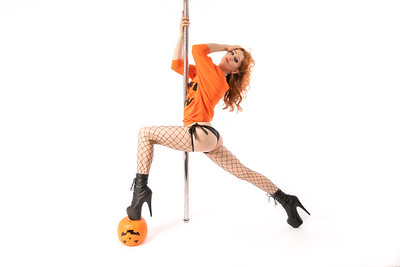 Dance - Pole Sessions - Ginger's Home