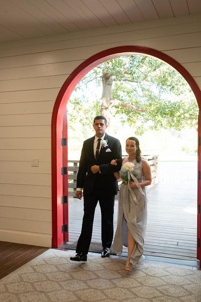 Kaitlin_and_Linden_Wedding_Ceremony-32.jpg