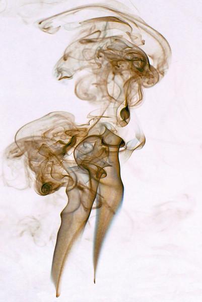 Smoke Trails 8~10572-2ni..