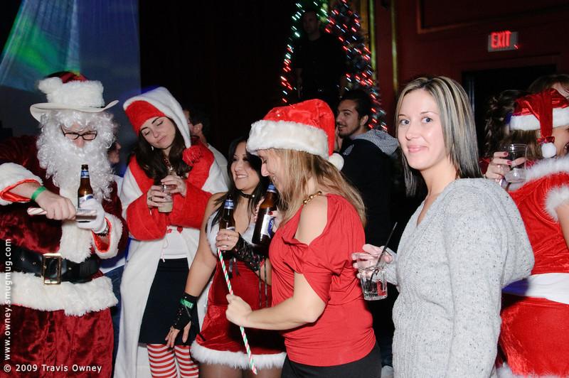 2009 ALS Santa Crawl-183.jpg