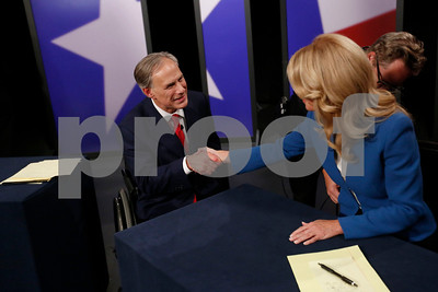 texas-gubernatorial-showdown-in-dallas