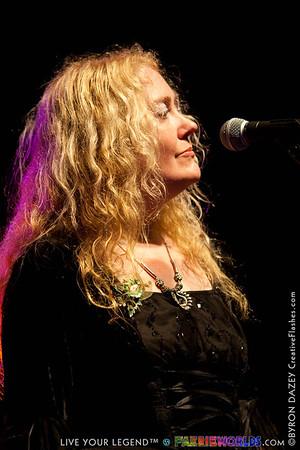 Louisa John-Krol
