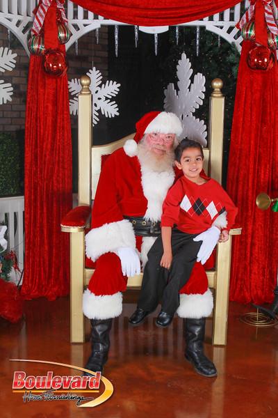 Santa 12-10-16-251.jpg