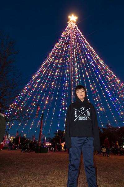 20181215_zilker-trail-of-lights_011.JPG