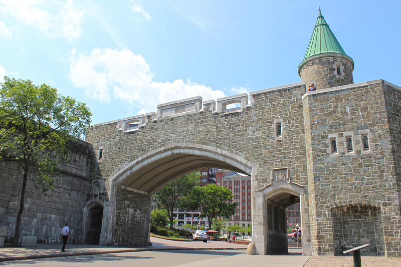 QuebecCity-FortificationWalls01.JPG