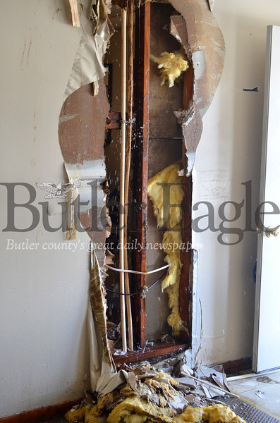 This is the leak in the apartment of Dave Cousins of East Butler on Tuesday, Feb. 19, 2019. Tanner Cole/Butler Eagle