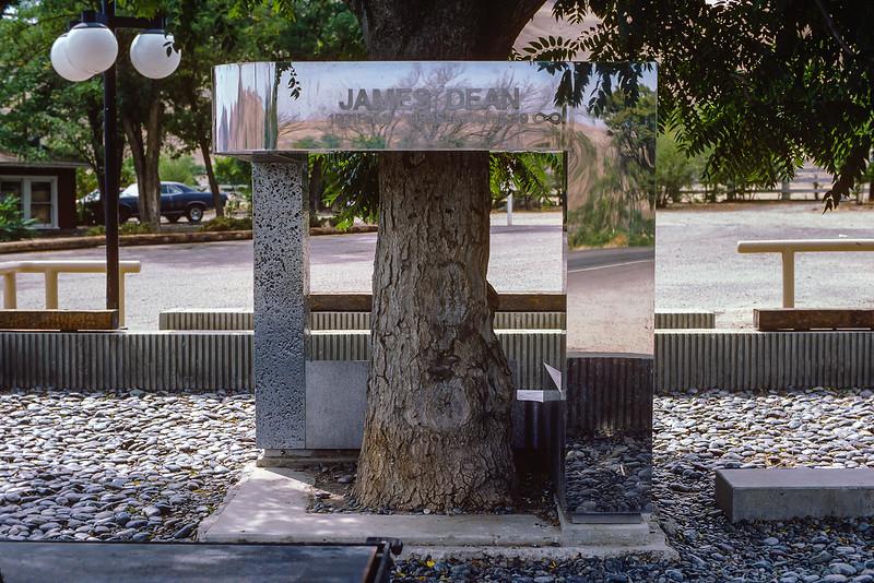 #34-James-Dean-Memorial-Kodachrome-64-1985.jpg