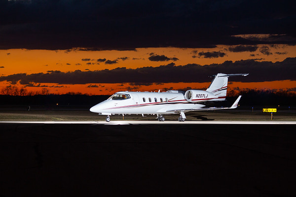 Lear 60 N207LJ (High Res No Logo)