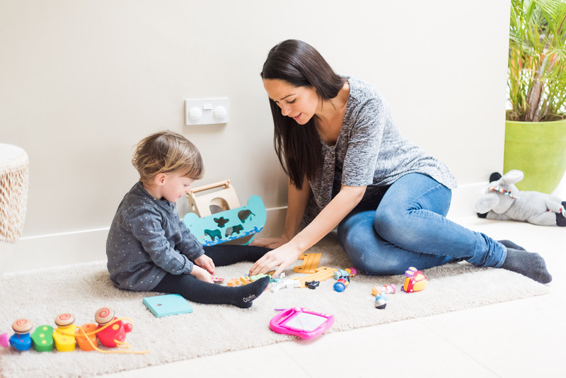 Fred_Home_Safety_Plug_Socket_Cover_Lifestyle_mum_girl_playing.jpg