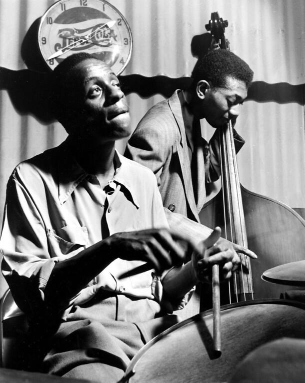 ". Wayne Miller photo from his exhibit \""Black Chicago.\""   (Wayne Miller)"