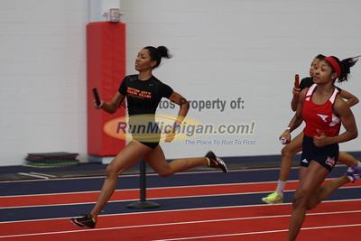 2015 MITS SVSU Girls 4x400m Relay