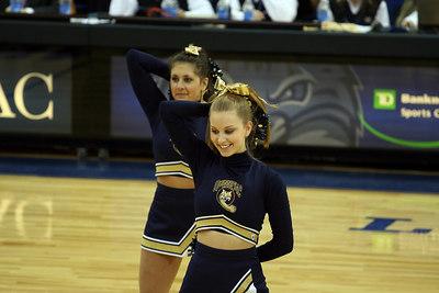 2007; QU Fans & Dancers - 1/27