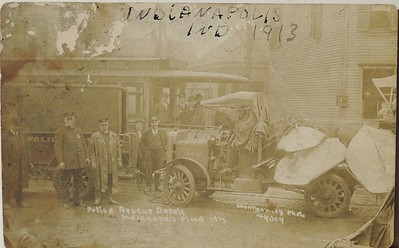 1913 IPD Flood Detail post card front